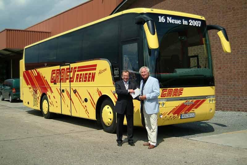EuroBus : News - 5 Van Hool Reisebusse bei Graf Reisen